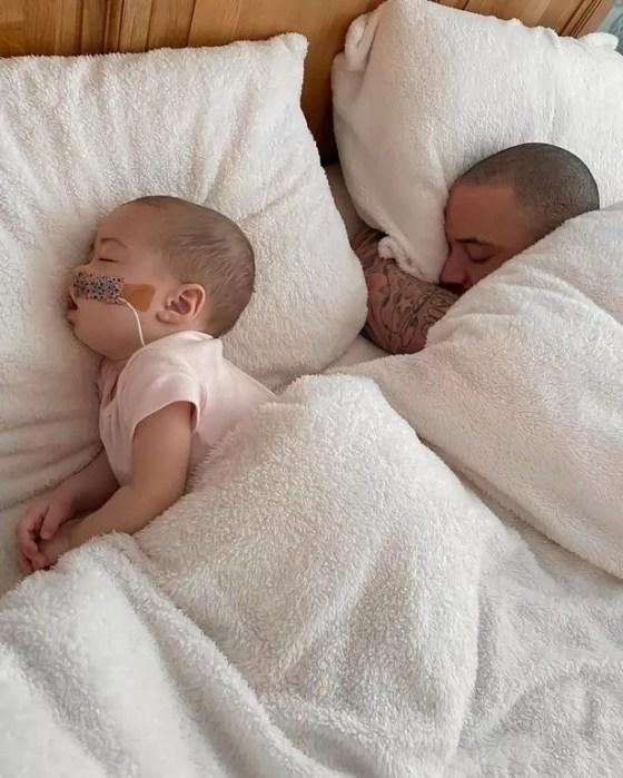 Azaylia telah melawan bentuk leukemia yang langka dan agresif sejak dia baru berusia dua bulan