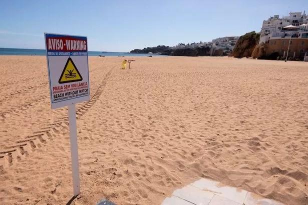 The empty beaches of Albufeira