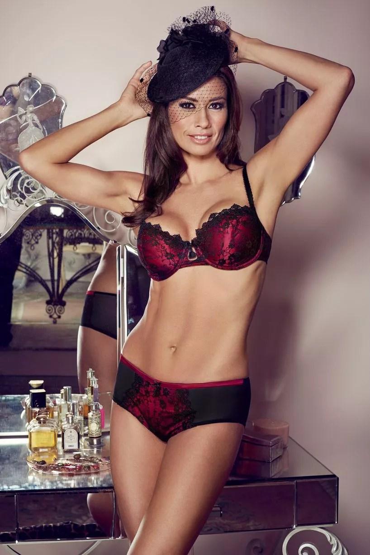 Melanie Sykes Sexiest Pics Ever Mirror Online