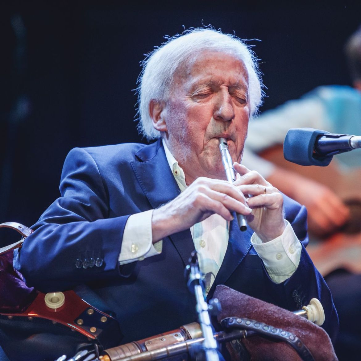 Paddy Moloney dead: Legendary The Chieftains founder has died aged 83 -  Mirror Online