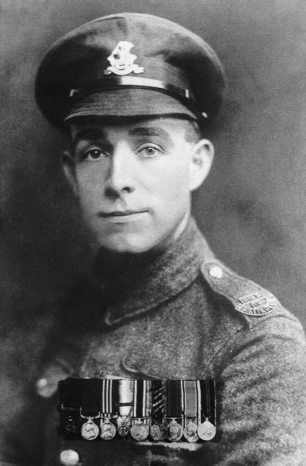 Henry Tandey VC The man who DIDNT shoot Adolf Hitler has