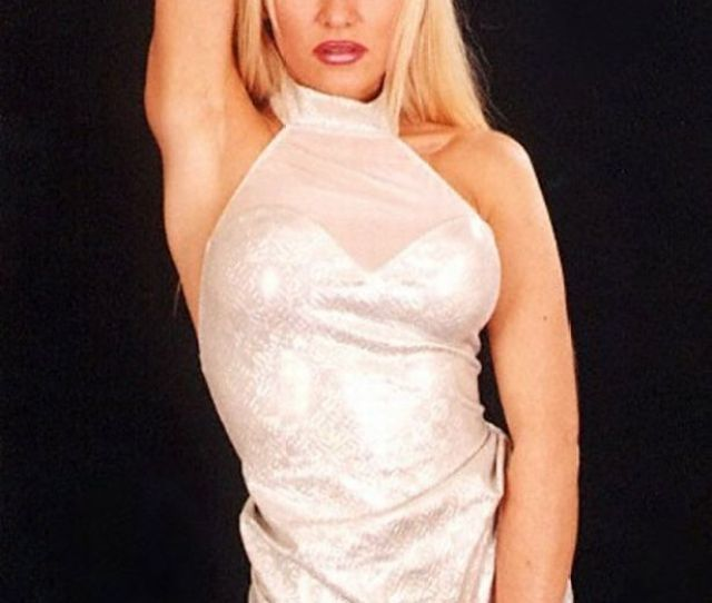 Glamour Girl Teresa On One Of Her Photo Shoots Image Barcroft