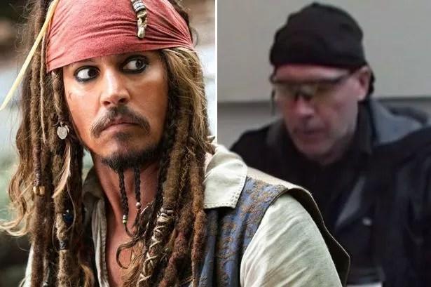 captain jack sparrow runs