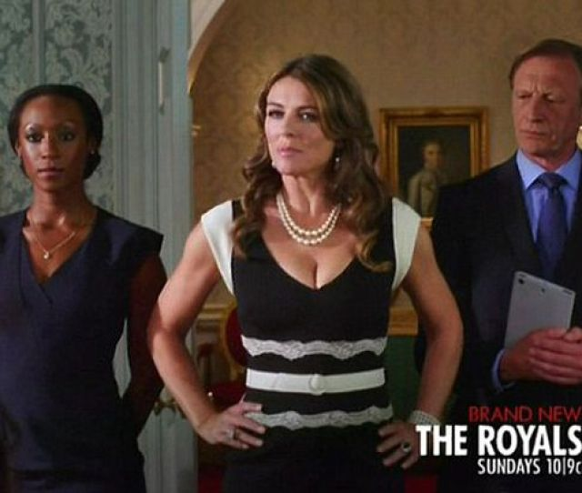 Elizabeth Hurley Strips Down To Her Underwear In Raunchy New Us Series The Royals Mirror Online