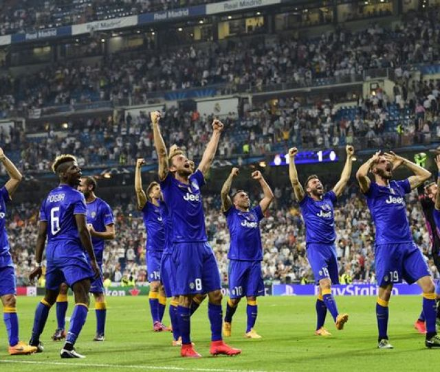 Juventus Players Celebrate Winning After The Uefa Champions League Semi Final