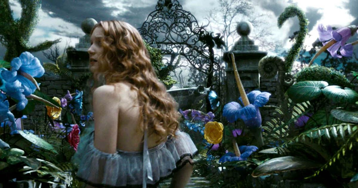Falling Down The Rabbit Hole Wallpaper Scientists Use Tim Burton S Alice In Wonderland Movie To