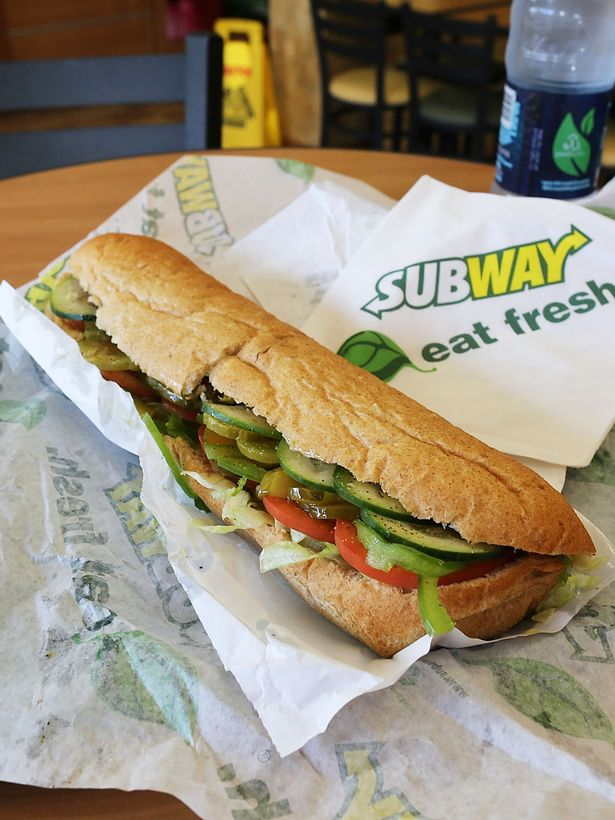 subway employee reveals sandwiches