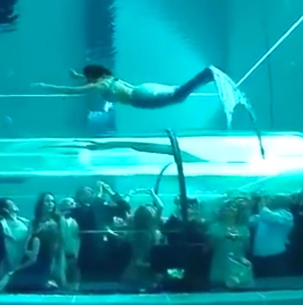 Real life mermaid swims underwater in the worlds
