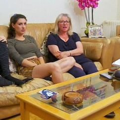 Sofa Sport Tennis Chocolate Plush Microfiber Fabric Upholstered Futon Bed Gogglebox 'twin' Sisters Send Viewers Into Total Meltdown ...