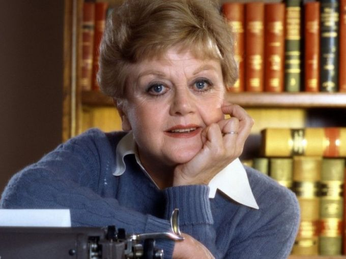 angela lansbury reveals she only did murder, she wrote for