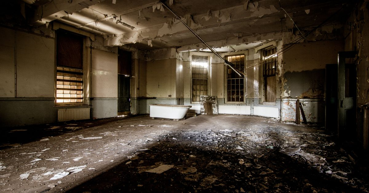 Haunting photos reveal crumbling wards and unused medical