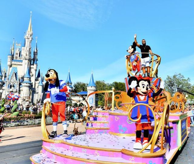Best Deals For Cheap Tickets To Walt Disney World Florida Including Package Deals And Free Park Tickets For Kids Mirror Online
