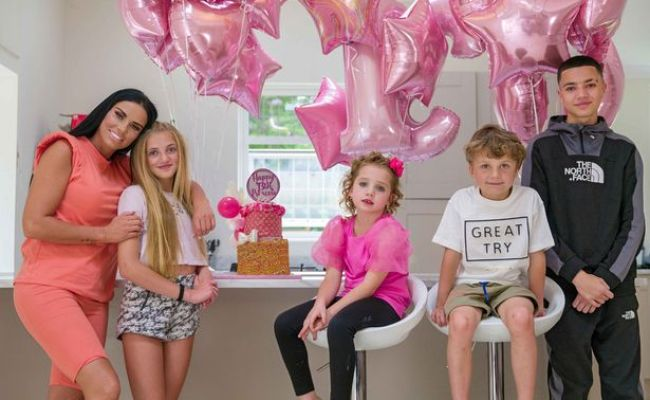Katie Price S Daughter Princess Launches Youtube Channel