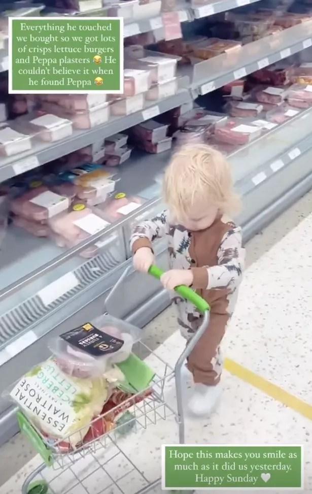 Certains fans se sont plaints que c'était `` une douleur '' quand les enfants ont des trollies jouets dans les magasins