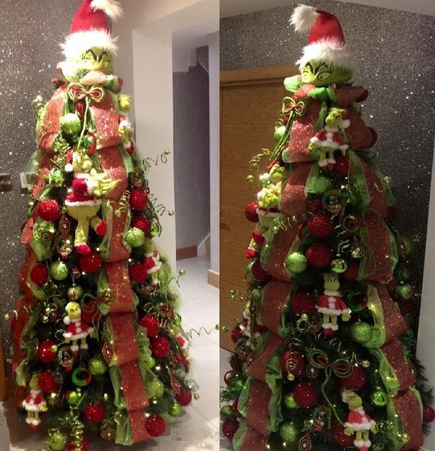 Formby Family S Grinch Christmas Tree Is Facebook Sensation
