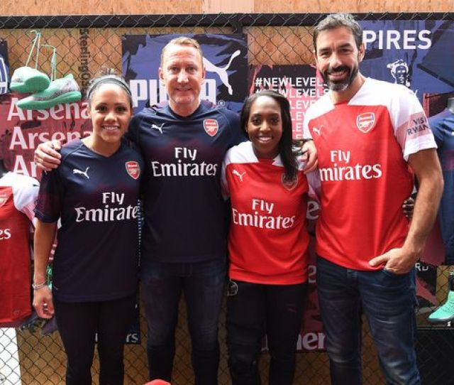 Arsenal Kitarsenal 2018 19 Away Kit Launch Live Updates As Pires And Co Unveil The New Gunners Stripfollow Live Updates As Arsenal Launch Their 2018 19