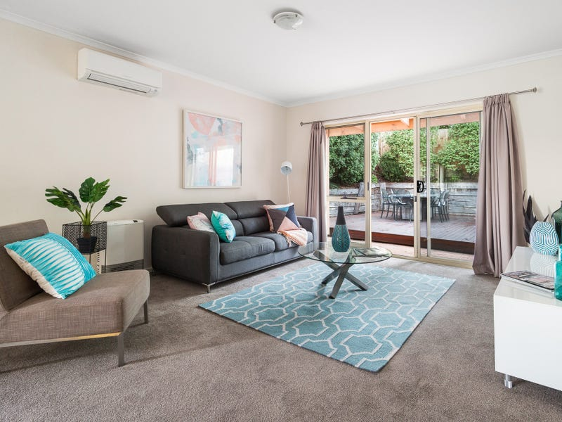 Living Room Templestowe Village