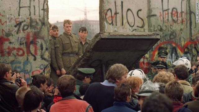 How The Iron Curtain Collapsed CNN Com