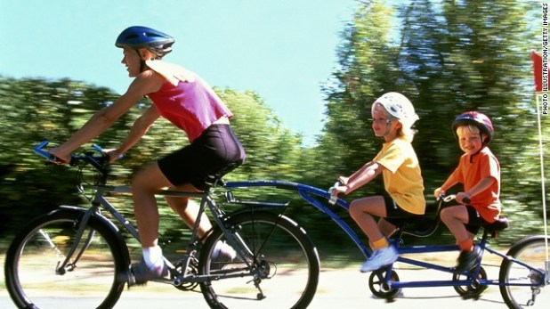 6 ways to work out as a family