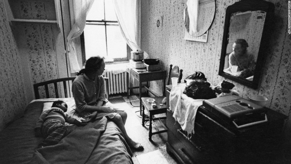 Definition Of Living Room War  Ilikewordpresscom - Living room war