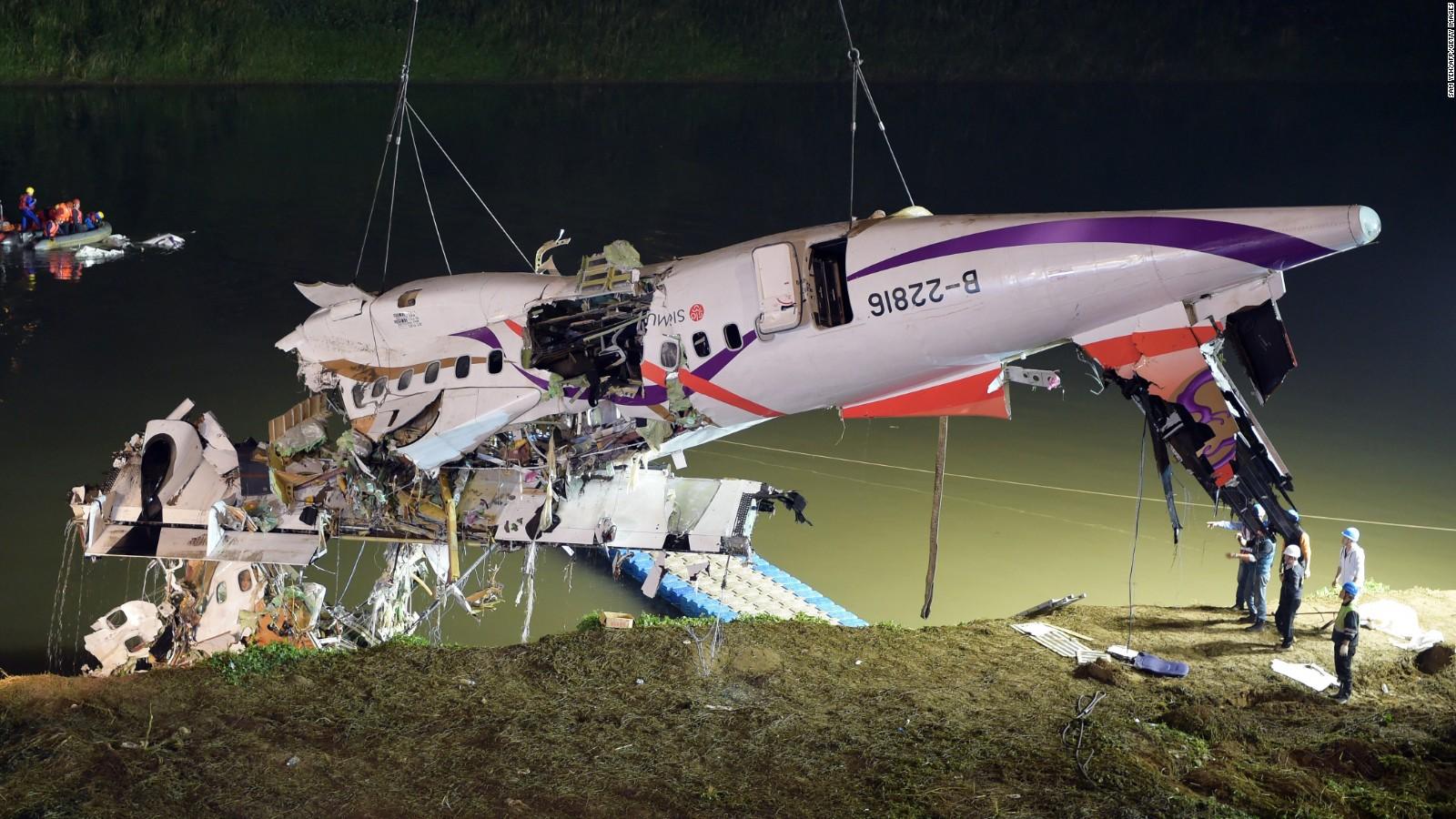 Resultado de imagen para TransAsia Airways GE235