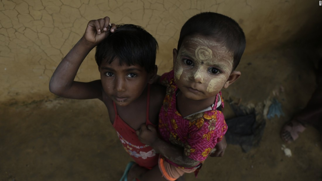 Many children live in the Rohingya camp.
