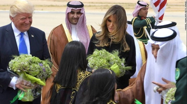 Like past US first ladies visiting Saudi Arabia, Melania Trump did not cover her hair in the local custom.