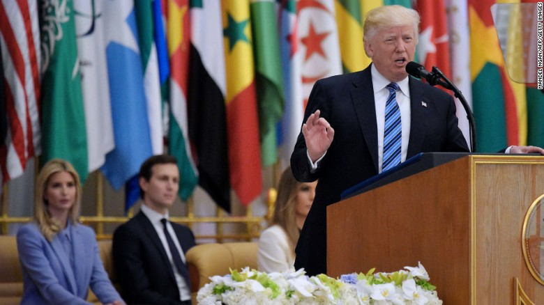 "Résultat de recherche d'images pour ""Trump Speaks to the Muslim World in Riyadh"""
