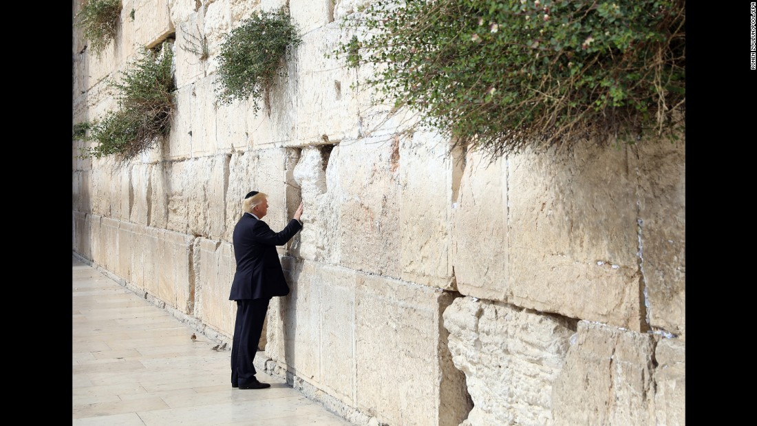 Image result for trumps visit to western wall in jerusalem