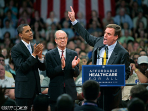 Warner (here campaigning with Obama in Virginia) is considered a rising star in the Democratic Party.