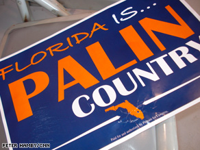 Palin signs made an appearance at a Florida rally – McCain signs did not.