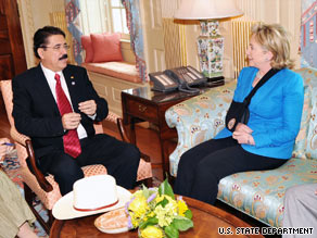 Hillary Clinton says she told President Jose Manuel Zelaya the U.S. supports a restoration of democratic order.