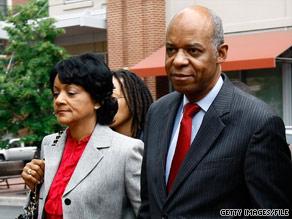 Ex-U.S. Rep. William Jefferson and his wife, Andrea, arrive at court last month in Alexandria, Virginia.