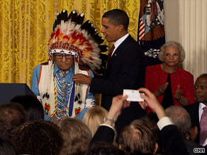 Joe Medicine Crow-High Bird is awarded medal by President Obama