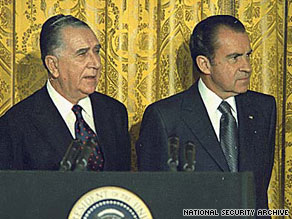 President Richard M. Nixon, right, and his Brazilian counterpart, Emilio Medici.