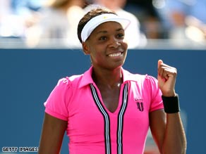 Perfect in pink. Venus breezed through into the third round at Flushing Meadows.