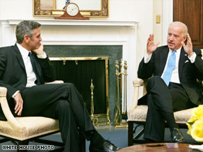 Actor George Clooney met with Vice President Joe Biden on Monday to discuss bringing peace to Darfur.