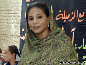 Lubna al-Hussein was told she had trousers considered too tight and a blouse too transparent.