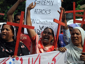 Pakistani human rights activists in Lahore protest on Saturday over the anti-Christian violence in Gojra village.