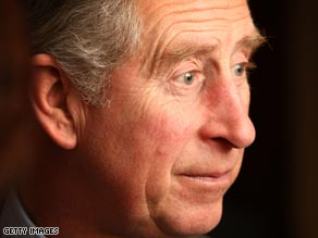 Prince Charles has reportedly sent a condolence note to the family of a couple who committed suicide in a clinic.