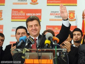 Gjorge Ivanov looks set to go into a runoff vote as frontrunner for the Macedonian presidency.