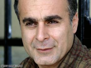 In a letter, Iranian filmmaker Bahman Ghobadi blames himself for urging Roxana Saberi to stay in Iran.