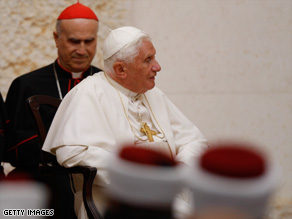 Pope Benedict XVI visits King Hussein Bin Talal mosque on Saturday.