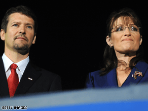 Todd Palin will take his wife's spot this weekend in DC.
