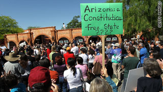 University of Arizona students crafting petition against Senate Bill 1070