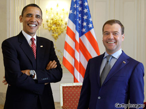 President Obama landed in the Czech Republic on Thursday for a meeting with Russian President Dmitry Medvedev to sign a major nuclear arms control agreement.