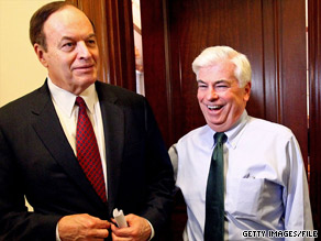 Sens. Shelby, left, and Dodd, right, have reached an agreement about one aspect of the financial regulatory reform bill.