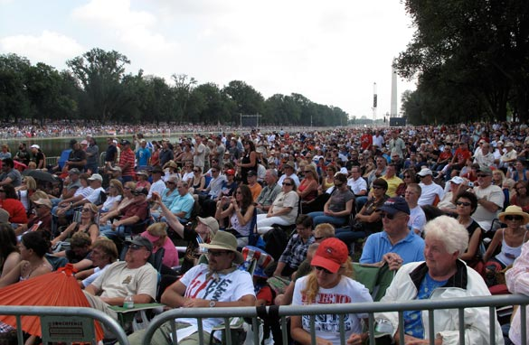TRENDING: Wildly conflicting reports filed about Beck rally crowd size