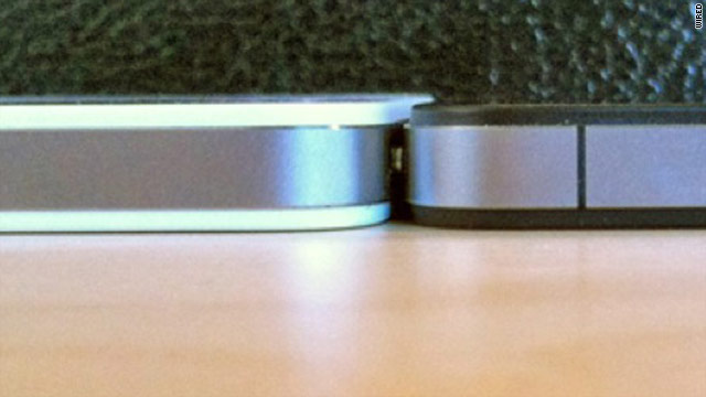 Tech blog and websites are talking about the white iPhone 4's expanded girth compared to its black predecessor.
