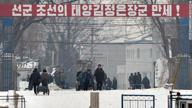 Hemmings says U.S. should work overtime to bring impartial news to N. Koreans. (Image: Border town of Sinuiju on Feb. 13)